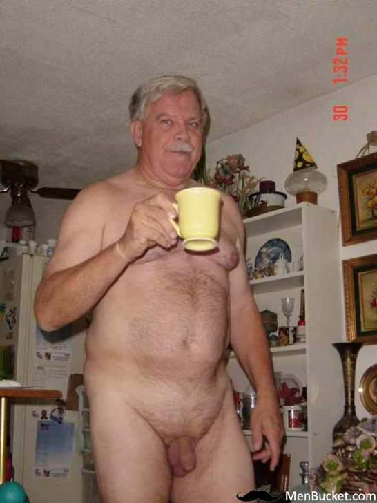 Older gay men nude photos