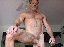 nude Gay daddy