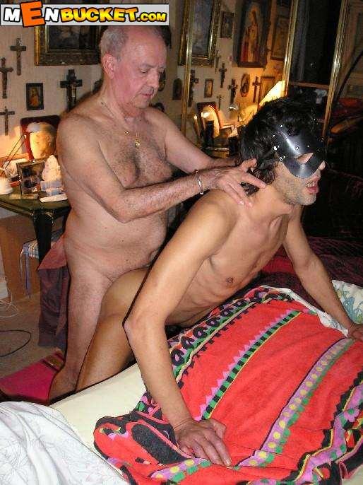 Nude gay sex party