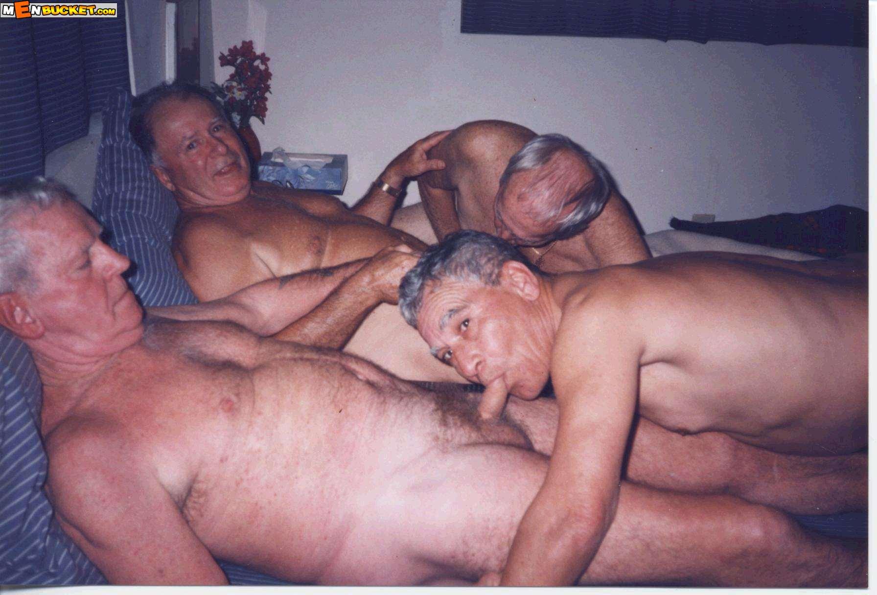 porno-onlayn-starie-muzhchini